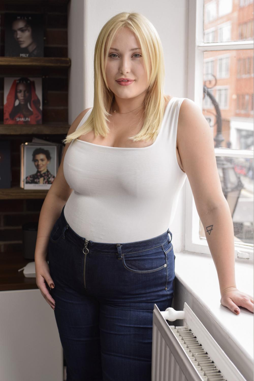 Sideboobs Sideboobs Kate Hardie  nude (12 pictures), Instagram, braless