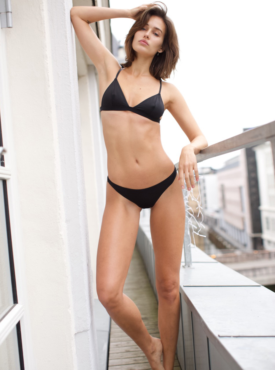 Video Gina-Lisa Lohfink nude photos 2019